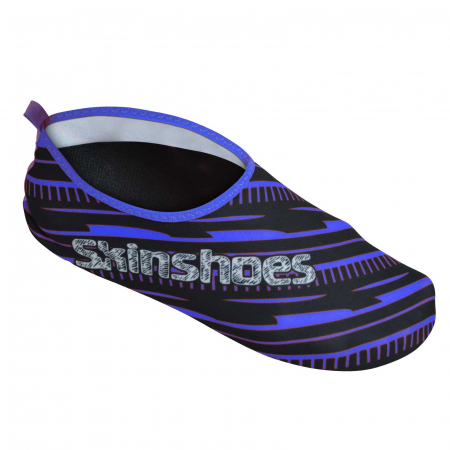Adult Skinshoes Beach shoes in blue.